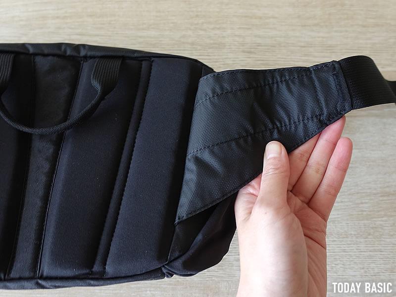 ザノースフェイスのウエストバッグ・スピナのエアメッシュ素材のストラップ