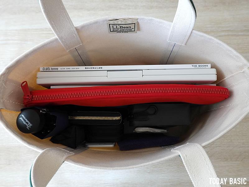 LLビーンのボートアンドトートバッグのミディアムの収納実例